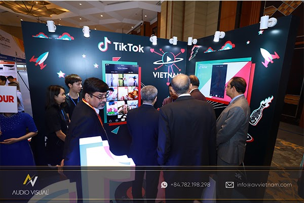 Learn about rental brands exhibition stand rental - AV Vietnam
