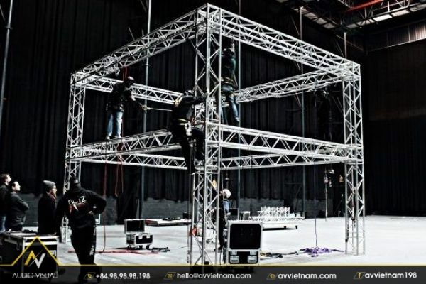 Space frame truss rental for stage construction at AVVIETNAM